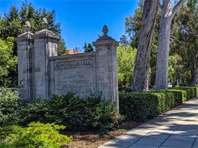 California's Claremont gets passing grades