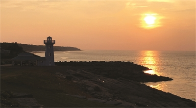 Travellers re-Joyce Nova Scotia's Fox Harb'r Resort