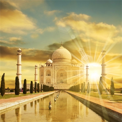 Finding Love at India's Love Palace