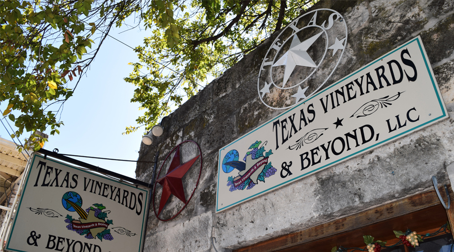 Texas wine town puts accent on hospitality